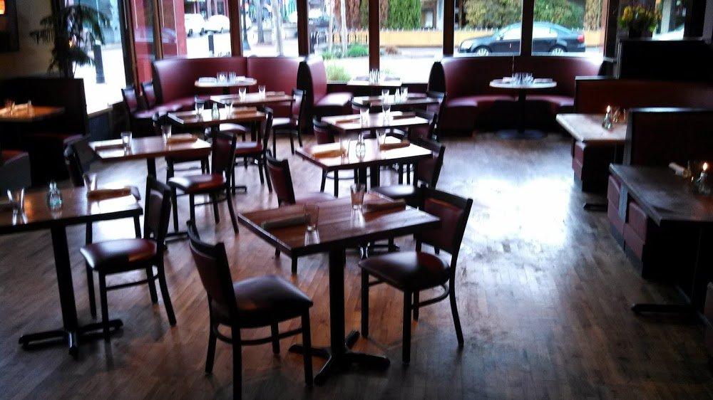 The Davis Restaurant & Bar